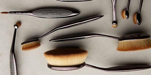 Les pinceaux brosses : ça vaut quoi ?