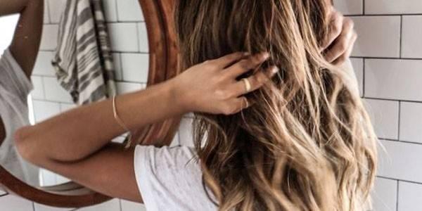 10 astuces pour nourrir ses cheveux sans les rincer